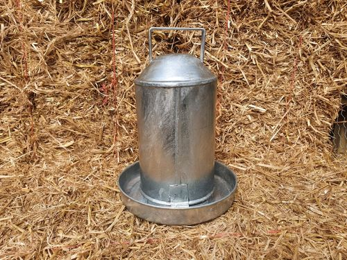 Poultry Drinker - 4.5Ltr (1gal) Hot Dipped Galvanised