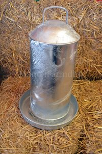 Poultry Drinker - 9Ltr (2gal) Hot Dipped Galvanised