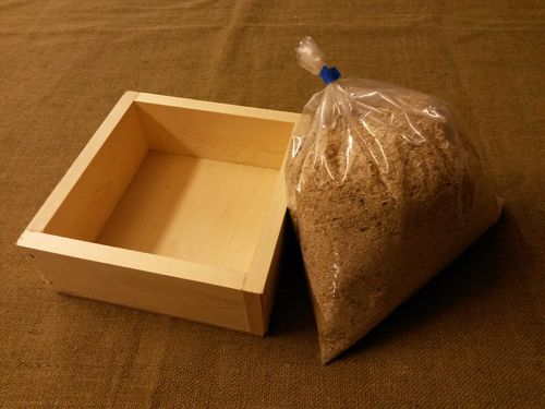 Dust Bath Tray for Quail