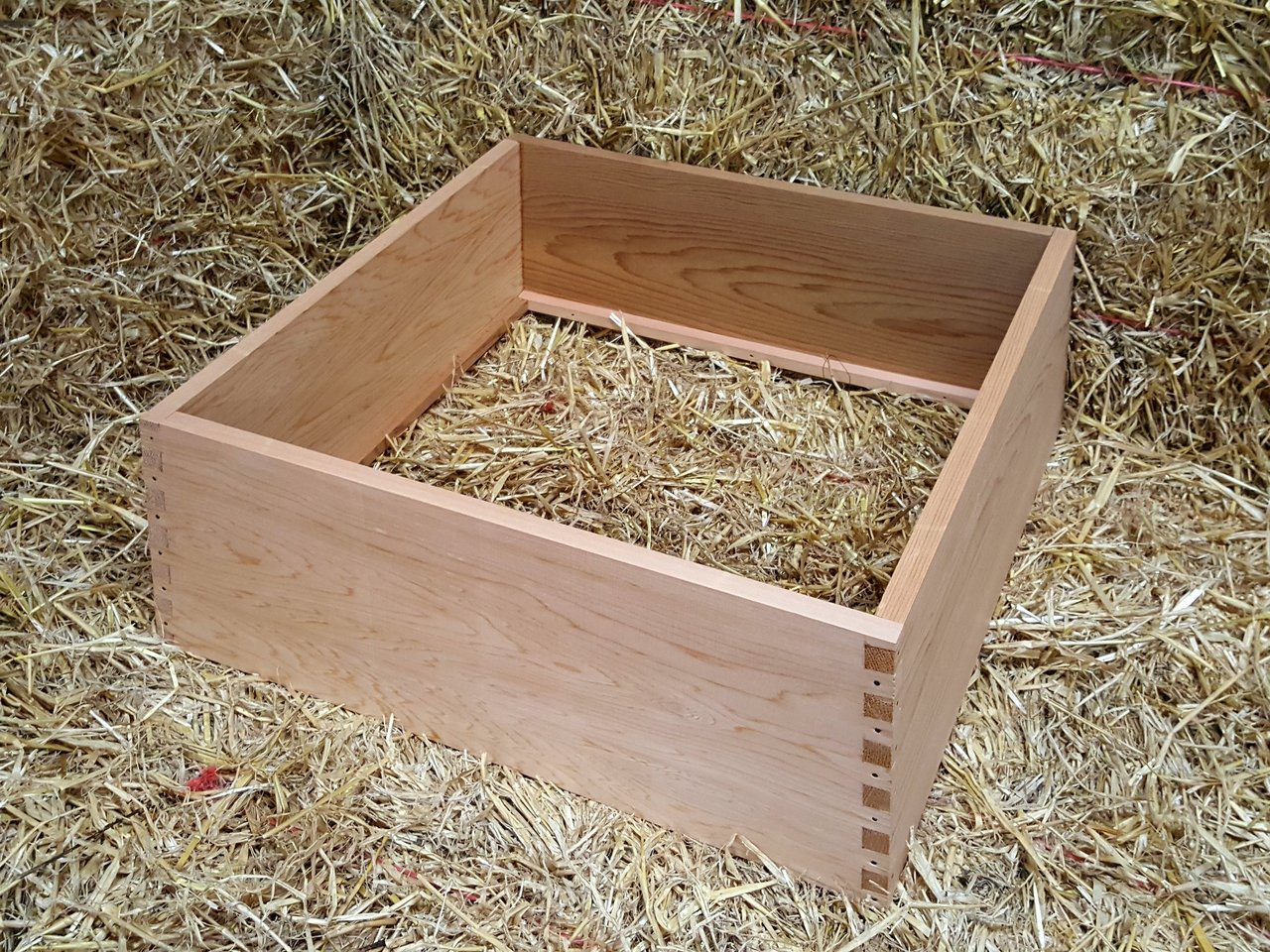 Wbc Hive Cedar With 14x12 Brood Box Poultry For Sale