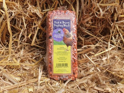 Fruit & Berry Pecking Block 280g